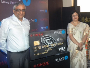 MUMBAI, (GNI): From L to R:  Kishore Biyani, Chairman, Future Group, Mrs. Arundhati Bhattarcharya, Chairman, State Bank of India (SBI), at Future Group and SBI Card, a top credit card issuer today announced the launch of a unique co-branded credit card designed for the aspirational urban shopper Khara, MD, SBI at Central SBI SELECT Cards Launch at Hotel Trident in Mumbai – Photo by Sumant Gajinkar