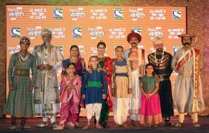 MUMBAI, (GNI): L-R: Rahul Singh as Aurangzeb, Pallavi Joshi as Tarabai, Anuja Sathe as Radhabai, Deepali Borkar as Kashibai, Rudra Soni as Peshwa Bajirao, Manish Wadhwa as Vishwanath Balaji and other cast during the launch in Mumbai - Photo by GNI