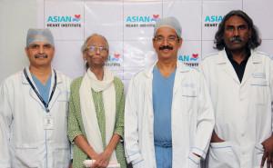 Dr Pradyot Kumar Rath, patient Asha Phatak, Dr Ramakanta Panda and Dr Vijay D'Silva