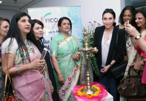 MUMBAI, (GNI): Actress Karishma Kapoor, inaugurating FICCI Ladies Organization launched the seasons most exciting Carnival, on 17thFebruary 2017 at The Art Hub, Atria Mall, Worli, Mumbai - phoeto by GNI