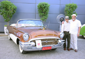 Biswajit Chakraborty, General Manger, Sofitel Mumbai BKC with Mr. Vivek Goenka concluded the Vintage & Classic Car Rally this Sunday afternoon