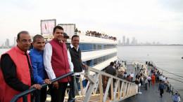 MUMBAI, (GNI): Chief Minister, Maharashtra inaugurated Mumbai's first 'Floatel' - 'AB Celestial' at Bandra Reclaimation, in Mumbai = photo by GNI