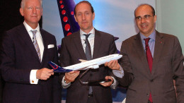 MUMBAI, (GNI): Bernard Gustin, CEO of Brussels Airlines,(R) Pieter De Crem, Sectetary of State for Foreign Trade (L) and Dieter Vranckx, Vice President sales for Lufthansa Group in Asia Pacific (C) during launch the new route Mumbai to Brussels, Belgian direct flight in Mumbai - photo by Sumant Gajinkar