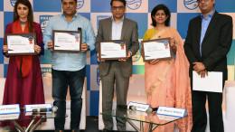 MUMBAI, (GNI): L-R: Gautami Kapoor, Ram Kapoor, Priyank Agarwal, Dr. Manvir Bhatia and Harish R, at the Philips conference, with a pledge to spread awareness about Obstructive Sleep Apnea n Mumbai - Pgoto by Sumant Gajinkar