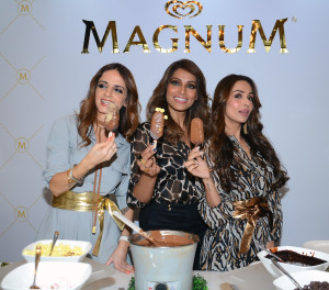 MUMBAI, (GNI): Style Editors Sussanne Khan, Bipasha Basu and Malaika Arora Khan at the premium ice cream brand announced its association with leading fashion brand, TheLabelLife.com in Mumbai on Tuesday night. - Photo by Sumant Gajinkar