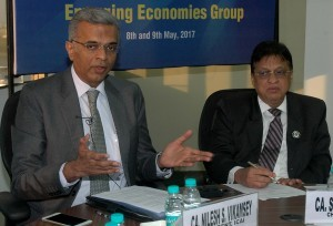 Mumbai : Nilesh Vikamsey, President of The Institute of Chartered Accountants of India (L) with Shiwaji Zaware, Chairman of ICAI during 13th Emerging Economies Group meeting in Mumbai on Tuesday. Photo Girish Srivastav/ 09.05.2017