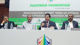 MUMBAI, (GNI):  K K Seksaria president Plastindia foundation addressing the media to highlights the anomalies in the proposed GST structure for the plastics industry along with Haren Sanghavi,  V K Taparia, Rajeev Chaitalia, in Mumbai on Thursday – Photo by Sumant Gajinkar