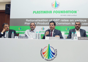 MUMBAI, (GNI):  K K Seksaria president Plastindia foundation addressing the media to highlights the anomalies in the proposed GST structure for the plastics industry along with Haren Sanghavi,  V K Taparia, Rajeev Chaitalia, in Mumbai on Thursday – Photo by Sumant Gajinkar