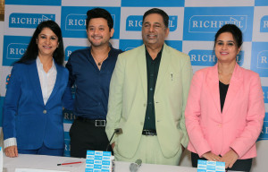 MUMBAI, (GNI):  Dr. Sonal Shah (Co-founder, Richfeel), Swapnil Joshi, Dr. Apoorva Shah during the announcement of actor Swapnil Joshi as their Brand Ambassador, in Mumbai - Photo by Sumant Gajinkar