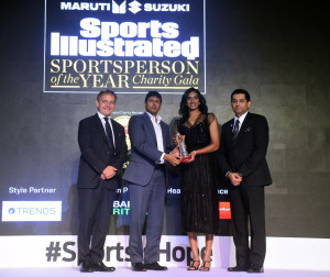 PV Sindhu being awarded the Sportsperson Of The Year 2017 award