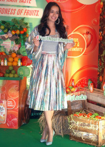 MUMBAI, (GNI): Brand ambassador for Hair & Care Fruit Oils Shraddha Kapoor, during the launch of Marico's Hair & Care now in a new avatar – the first ever Fruit Hair Oils that are super nourishing and super exciting in Mumbai - photo by Sumant Gajinkar