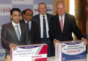 Mumbai : Adar Poonawalla, CEO of Serum Institute of India with Michael Collins, MD Chancellor, University of Massachusetts Medical School (R) and Mark Klempner ,MD Executive, VC Mass Biologic, Professor of Medicicine, University of Massachusetts Medical School and Dr Rajeev Dhere during Serum Institiute of India unveils advanced Rotasiil vaccine and Rabishied monoclonal antibody globally developed in partnership with Massachusettd Medical School, USA in Mumbai on Tuesday. Photo Girish Srivastav/31.10.2017