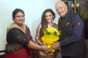 6. Mansi Dovhal with Prem Chopra KPP_7366