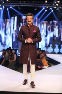 Anil Kapoor - the showstopper- walking the ramp for Raghavendra Rathore'sShow at Van Heusen + GQ Fashion Nights 2017 -Day1-min