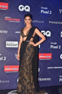 Deepika Padukone at the Red Carpet of Van Heusen + GQ Fashion Nights 2017- Day2 (1)