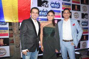 1. Aquib khan with Krystle D'Souza and Nihit Srivastava DSC_9740-2