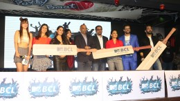 Kishwer Merchant, Anita Hassanandani, Ekta Kapoor, Nachiket Pantvaidya, Ferzad Palia, Shruti Ulfat, Himanshoo Malhotra and MAnu Punjabi at the launch of MTV Box Cricket League