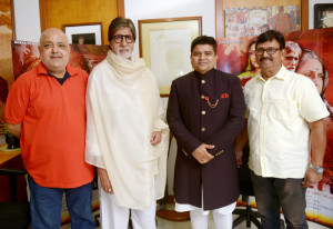 (L to R) Abhishek Chadha (director of 'The Great Leader'), megastar Amitabh Bachchan, Sanjeev Gupta of Global Advertisers and producer Deepak Sawant.
