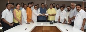 1522302724625_Siddhivinayak-trust-help-to-village-development-fund