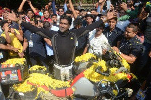 Grand homecoming of biker Debasshish Ghosh (4)