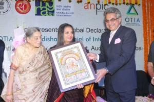 Lalita Lajmi, Shabana Azmi and Pinaki Misra at the Mumbai Declaration of the Odisha Triennial of International Art