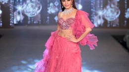 Jacqueline Fernandes as the showstopper for Shehlaa Khan & Motisons Jeweller at the Wedding Junction show
