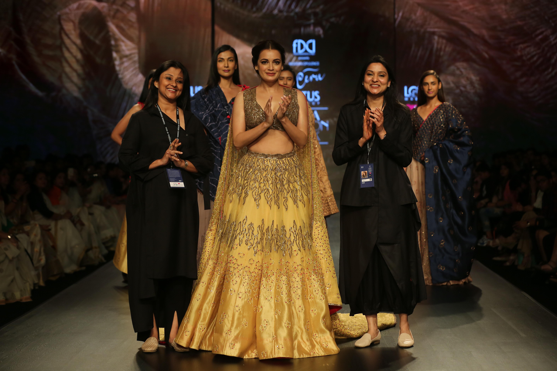 Dia Mirza with Designer Ruchi Roongta and Rashi Agarwal