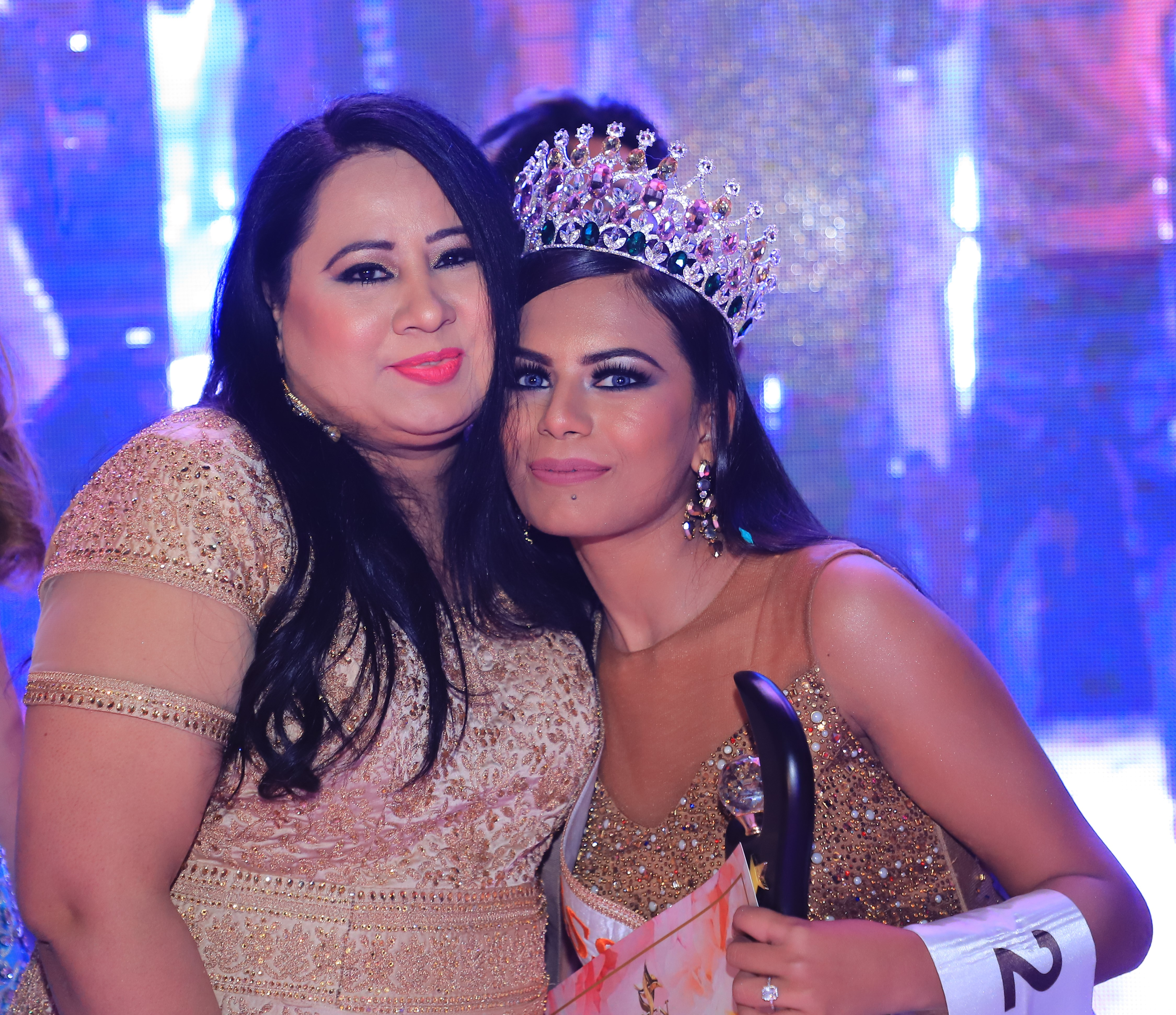 (L-R) Jasmeet Kaur, National Director of Miss Teen India Organisation & Apurva Thakur