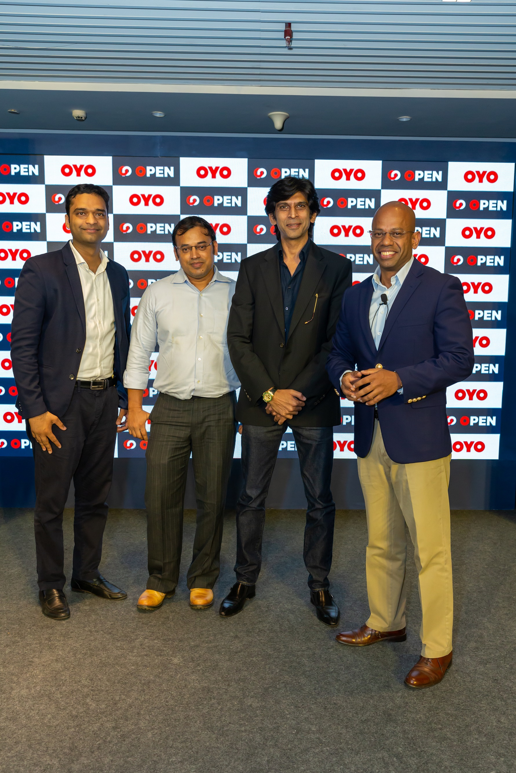L to R - Mr Ayush Mathur, Chief Supply Officer at OYO Hotels & Homes, M...